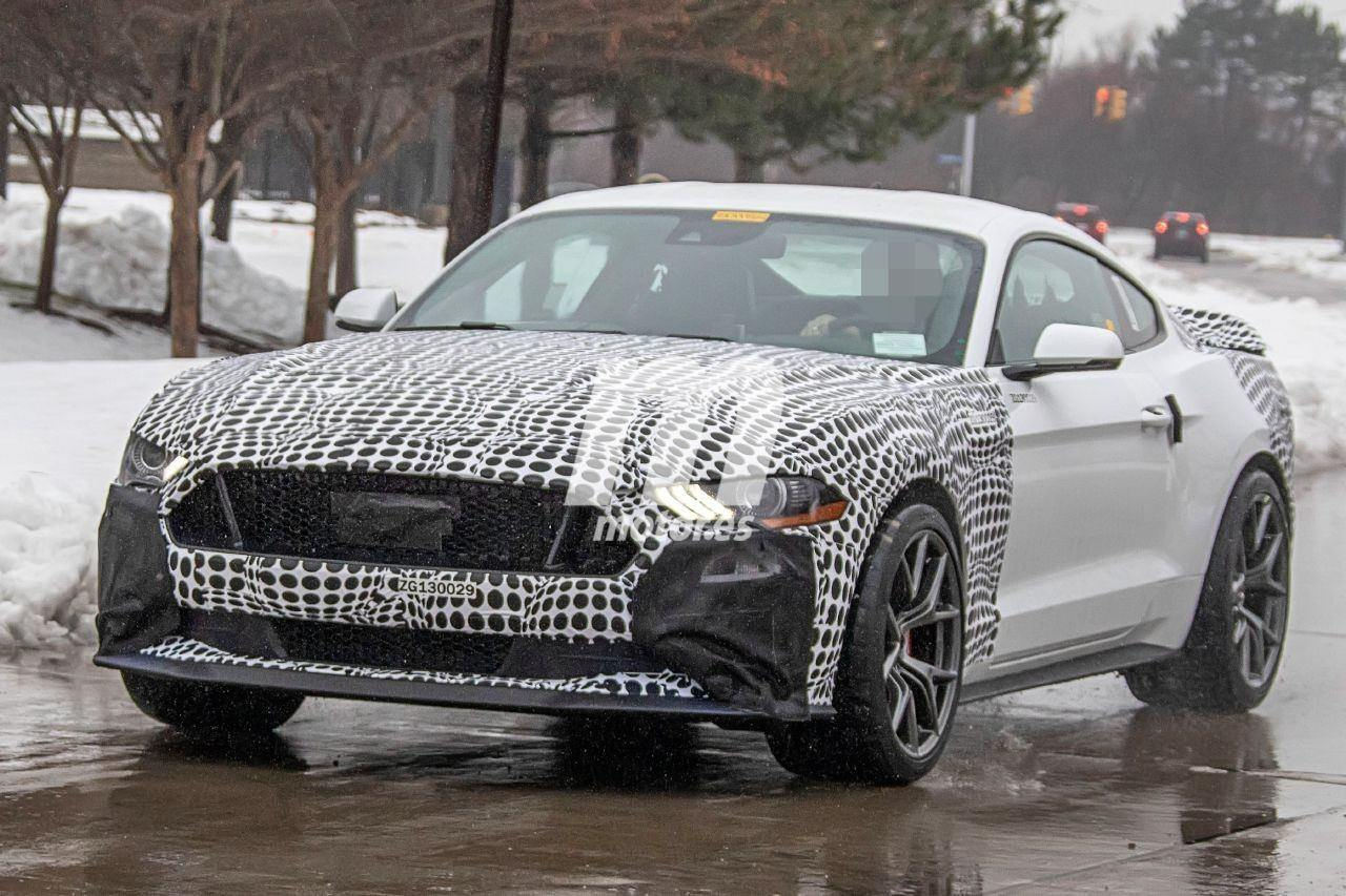 2021 Mustang Mach Specs