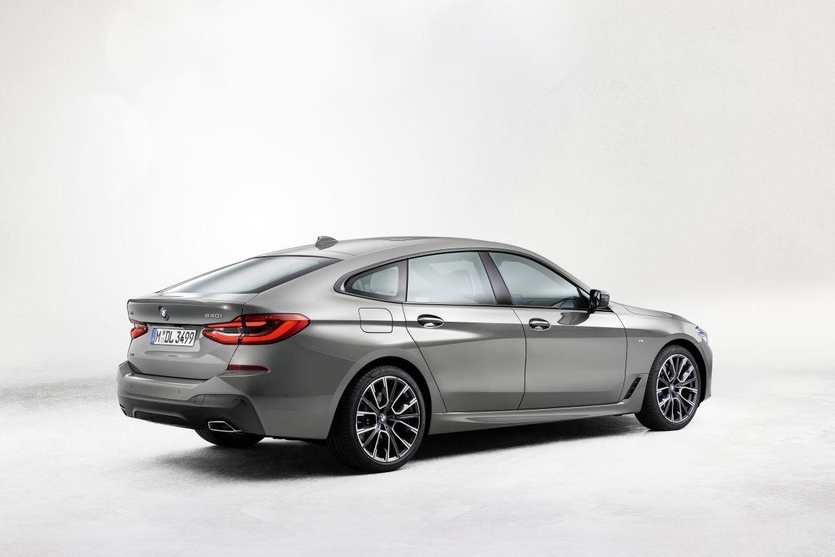 2021 BMW 220D Xdrive Interior