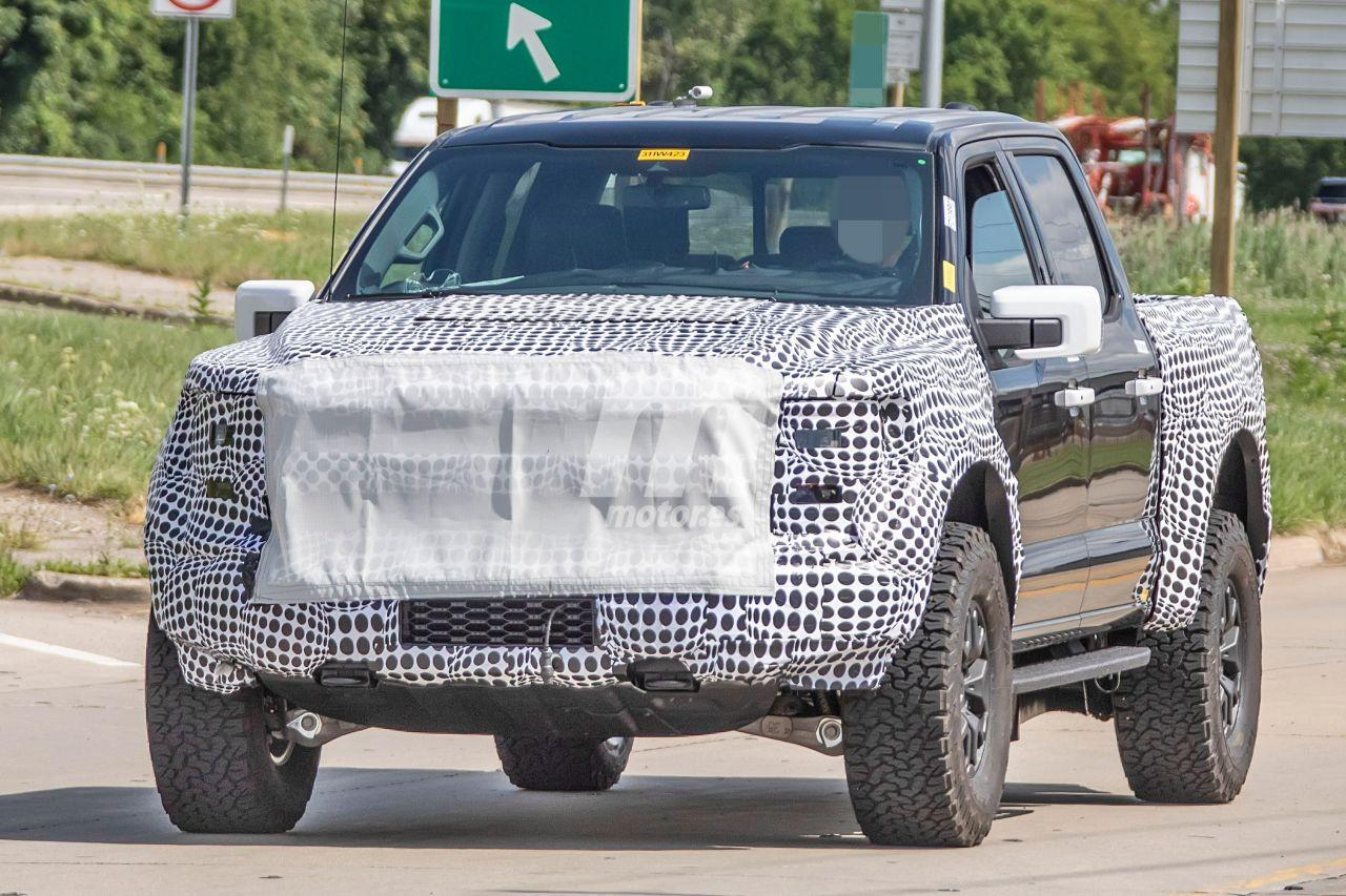 2021 Ford F150 Raptor Performance and New Engine