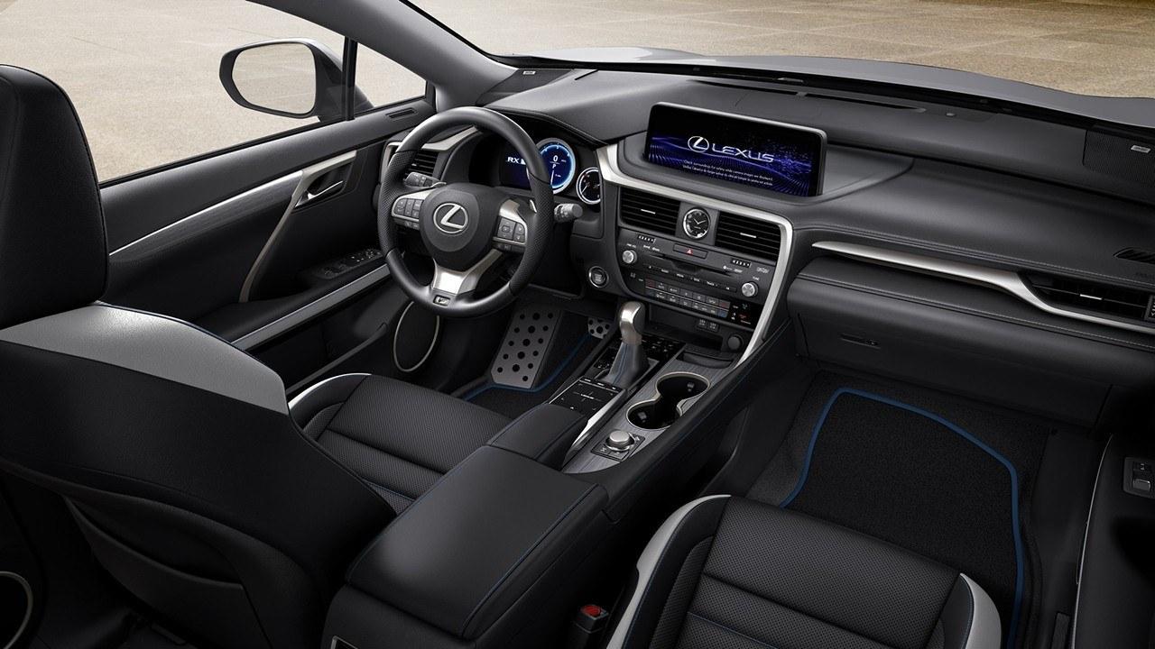 Lexus RX Black Line 2021 - interior
