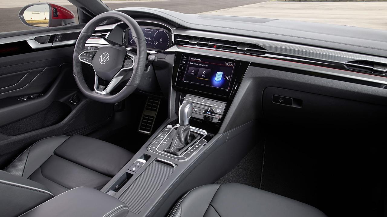Volkswagen Arteon eHybrid - interior